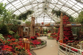 Krohn Conservatory Holiday Show ~ A Cincinnati Scenic Railway, November 16, 2013 - January 5, 2014 ~ the details: http://www.cincinnatiparks.com/holiday-floral-show