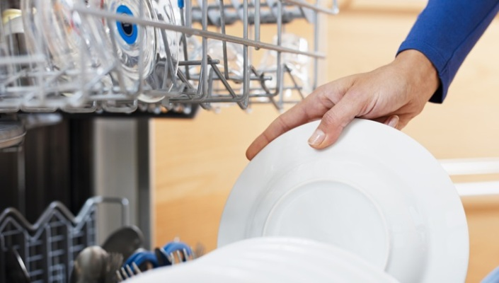 Help your dishwasher wash your dishes better ba - Dish washing tips ...